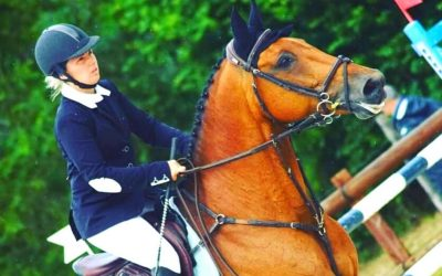 Une monitrice d'équitation de haut niveau !!